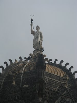 Mumbai Victoria Terminus from outside