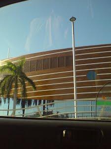 Dubai_click_from_taxi_window