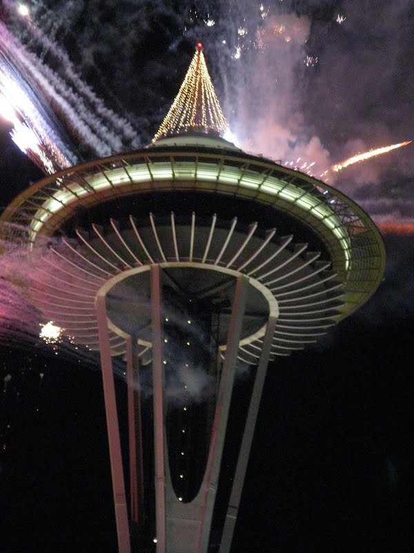 Closer view of the Space Needle with Fire Crackers and Rockets around it